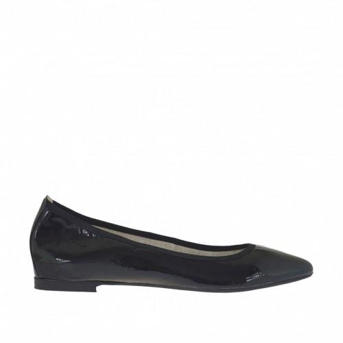 Ballerina chaussure avec bout pointu pour femmes en cuir verni noir talon 1 - Pointures disponibles:  32