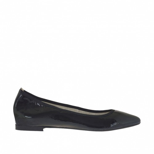 Woman's ballerina shoes with pointed toe in black patent leather heel 1 - Available sizes:  32, 33