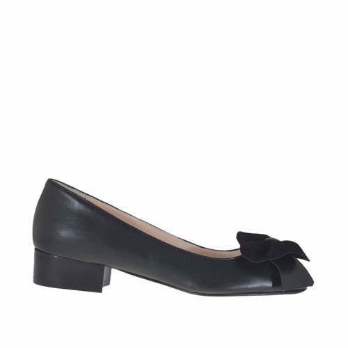 Woman's toe pump with bow in black leather and suede heel 3 - Available sizes:  32, 42
