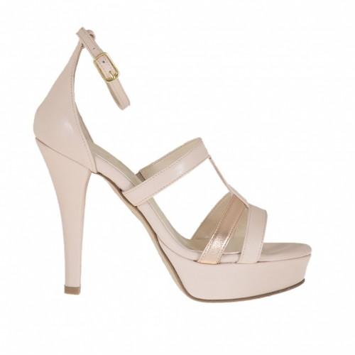 Chaussure ouvert pour femmes avec courroie et plateforme en cuir rose et lamé cuivre talon 10 - Pointures disponibles:  44, 46