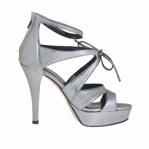 Chaussure ouvert pour femmes en cuir lamé gris métallique avec fermeture éclair, lacets et plateforme talon 10 - Pointures disponibles:  32, 42, 43, 46, 47