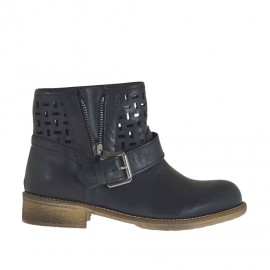 Woman's ankle boot with buckle and zipper in black leather and pierced leather heel 3 - Available sizes:  32