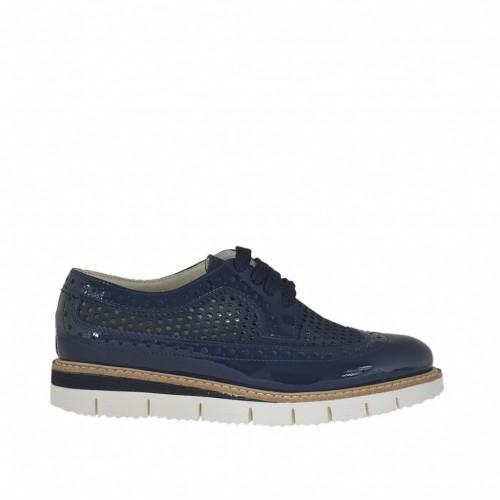 Chaussure richelieu à lacets pour femmes en cuir vernis et cuir perforé nabuk bleu talon compensé 2.5 - Pointures disponibles:  32