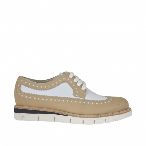 Woman's laced Oxford shoe in beige and white leather wedge  heel 2.5 - Available sizes:  33