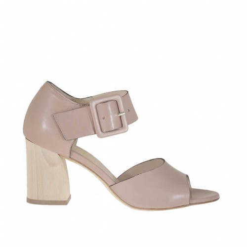 Woman's open shoe with buckle in powder rose leather heel 6 - Available sizes:  42, 46