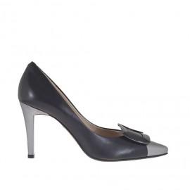 Decolté da donna con accessorio in metallo in pelle nera e argento tacco 9 - Misure disponibili: 46