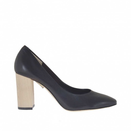 Woman's pump in black leather with wood-colored heel 8 - Available sizes:  34