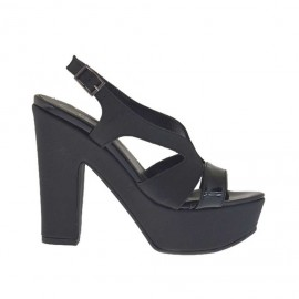 Sandalo da donna stampato e verniciato nero con plateau e tacco 11 - Misure disponibili: 31