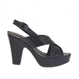 Sandalo da donna in vernice stampata nera con cinturino, plateau e tacco 9 - Misure disponibili: 31