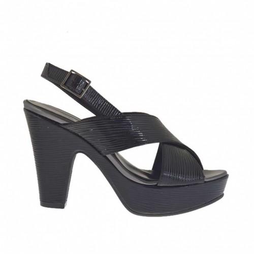 Sandale pour femmes en vernis imprimé noir avec courroie, plateforme et talon 9 - Pointures disponibles:  31