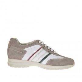 Zapato deportivo para hombre con cordones en gamuza gris pardo y piel de color blanco, rojo y verde - Tallas disponibles:  36