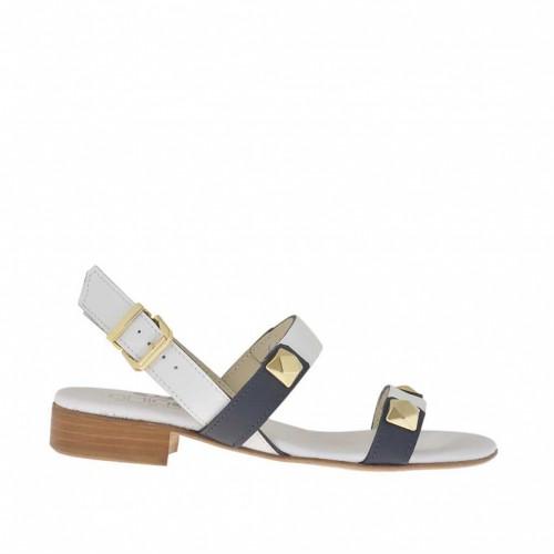 Sandale pour femmes avec goujons en cuir blanc et noir clair talon 2 - Pointures disponibles:  45