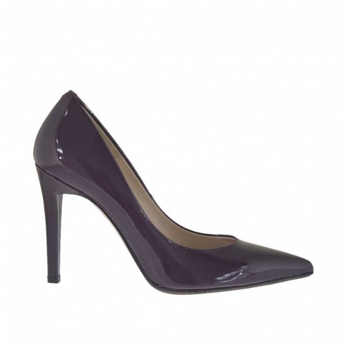 Woman's pump in eggplant purple lacquered patent leather heel 9 - Available sizes:  46, 47