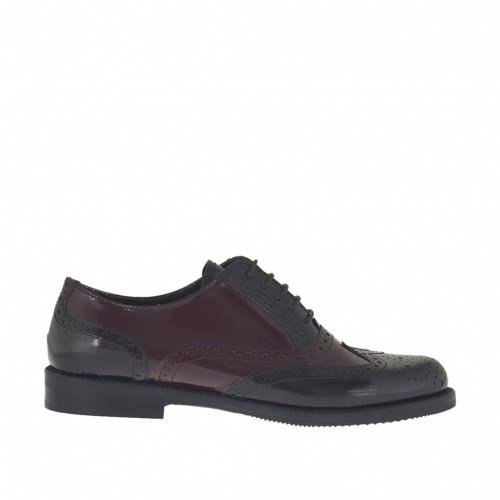 Chaussure richelieu à lacets pour femmes en cuir brossé bordeaux clair et foncé talon 2 - Pointures disponibles:  42