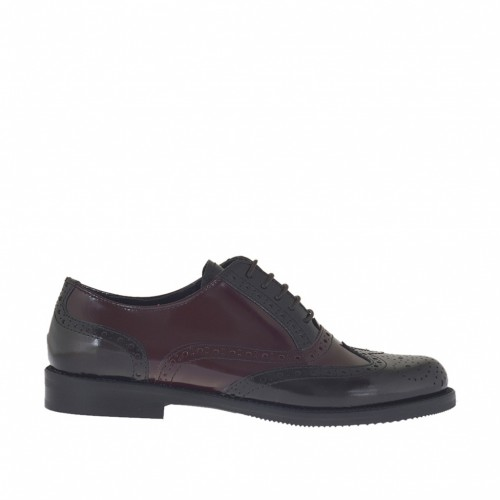 Woman's laced Oxford shoe in light and dark marron brush-off leather heel 2 - Available sizes:  42