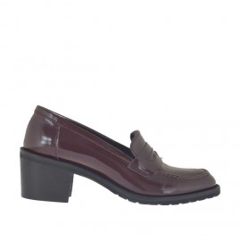 Woman's mocassin in maroon brush-off leather heel 5 - Available sizes:  42