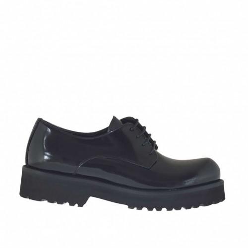 Chaussure derby à lacets pour femmes en cuir brossé noir talon 3 - Pointures disponibles:  32