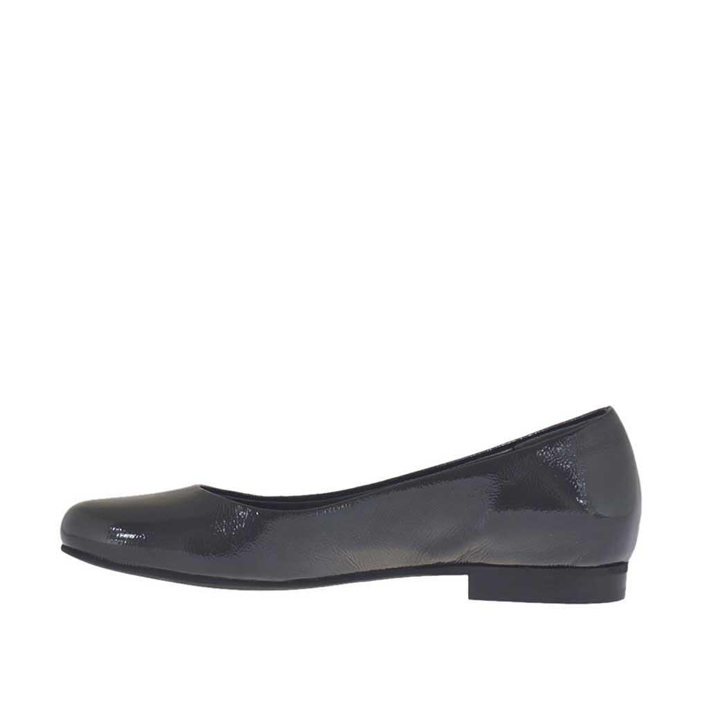 s ballerina shoe in grey patent leather heel 1