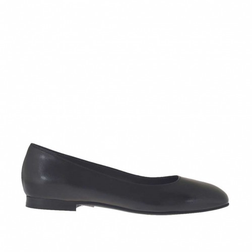 Woman's ballerina in black leather with squared tip heel 1 - Available sizes:  33, 34
