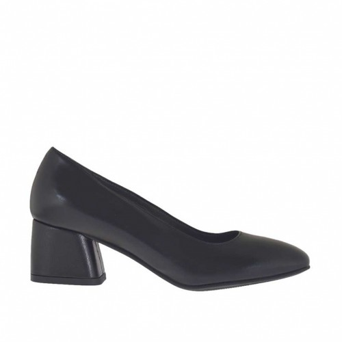 Woman's pump in black leather block heel 5 - Available sizes:  43, 44