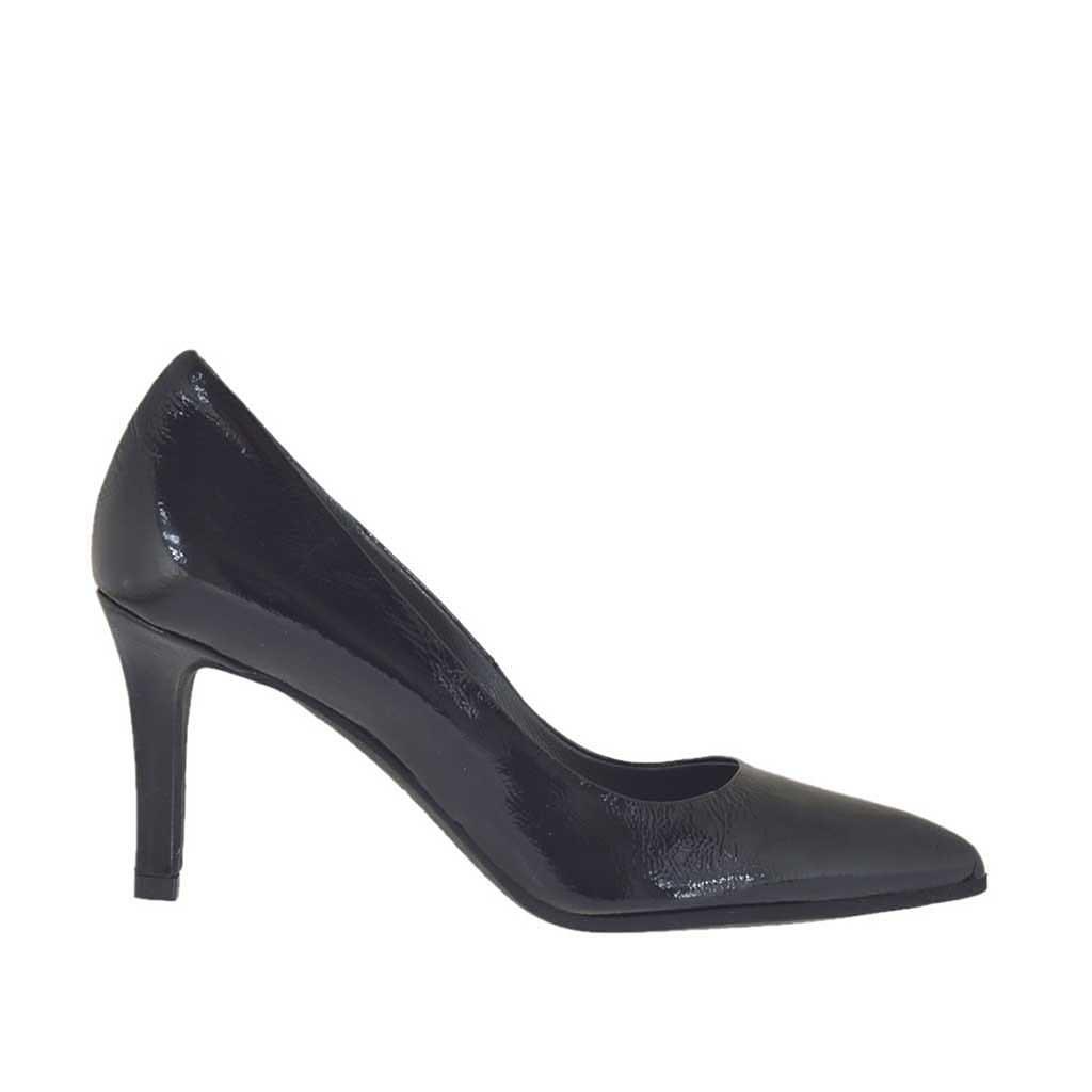 Zapato de salon a punta para mujer en charol negro tacon 7 for Salon 7 puntas corrientes