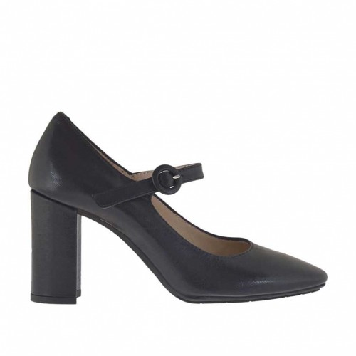 Woman's pump with strap in black leather heel 8 - Available sizes:  31