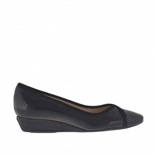 Escarpin pour femmes en cuir et daim noir talon compensé 3 - Pointures disponibles:  34, 43