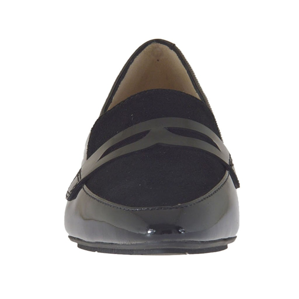 Woman S Mocassin In Black Patent Leather And Suede Heel 1 5