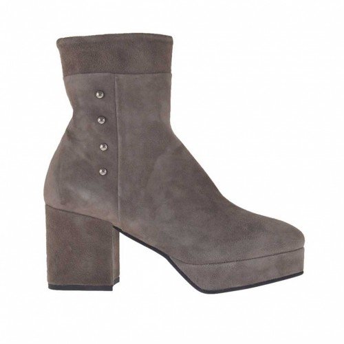 Woman's ankle boot with zipper, studs and platform in dove grey suede heel 7 - Available sizes:  43, 44