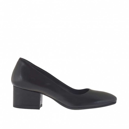 Woman's pump in black leather block heel 4 - Available sizes:  32