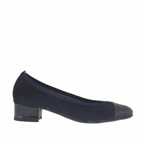 Woman's ballerina shoe in blue suede with tip and heel in patent leather  heel 2 - Available sizes:  32, 43