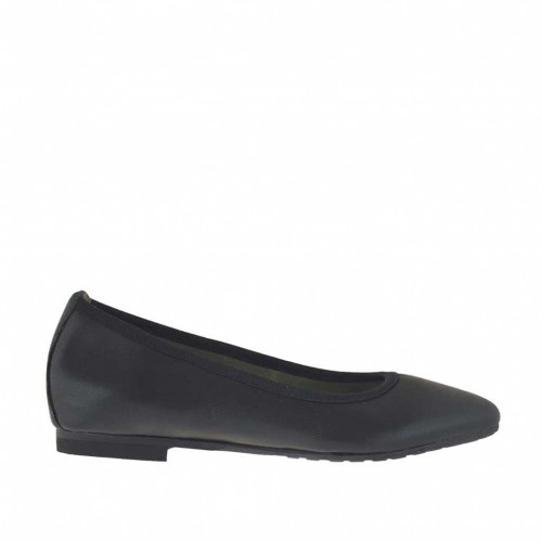 Woman's pointy tip ballerina shoe in black leather heel 1 - Available sizes:  33, 45