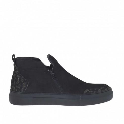 Chaussure avec fermetures éclair en nobuck noir et daim or scintillant talon compensé 3 - Pointures disponibles:  42, 43, 46