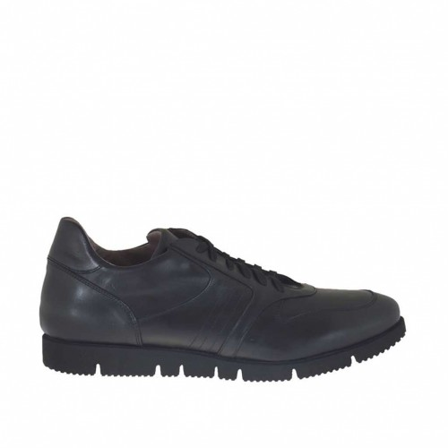 Men's laced sports shoe in black leather - Available sizes:  48