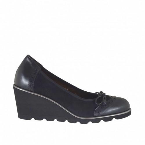 Escarpin pour femmes avec noeud en daim et cuir noir talon compensé 6 - Pointures disponibles:  34, 42, 43, 44