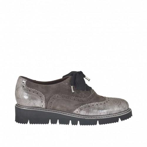 Chaussure à lacets pour femmes en cuir lamé argent et daim gris talon compensé 2 - Pointures disponibles:  33