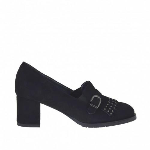 Chaussure avec cou-de-pied haut pour femmes avec franges, boucle et goujons en daim noir talon 5 - Pointures disponibles:  34, 44, 45