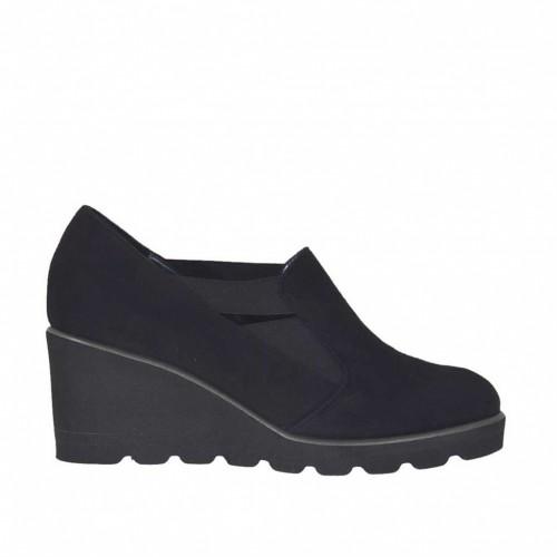 Chaussure à cou-de-pied haut pour femmes avec elastiques en daim noir talon compensé 5 - Pointures disponibles:  44