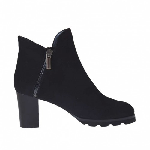 Woman's ankle boot with zippers in black suede heel 7 - Available sizes:  43