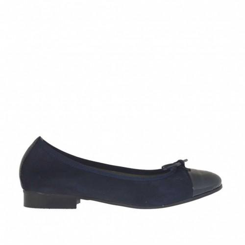 Ballerina da donna con fiocco in camoscio e vernice blu tacco 2 - Misure disponibili: 45