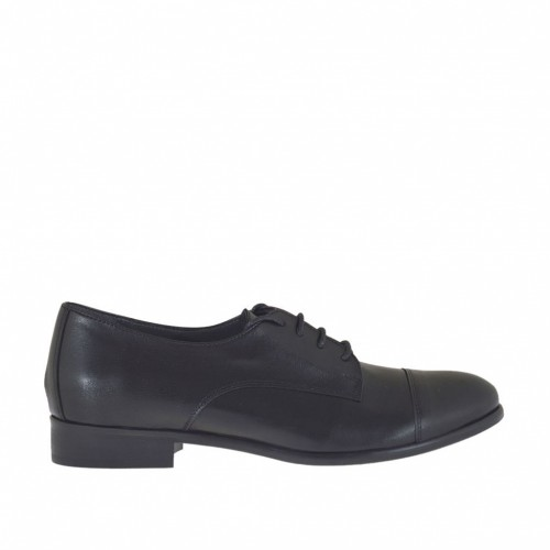 Woman's laced derby shoe in black leather heel 2 - Available sizes:  32