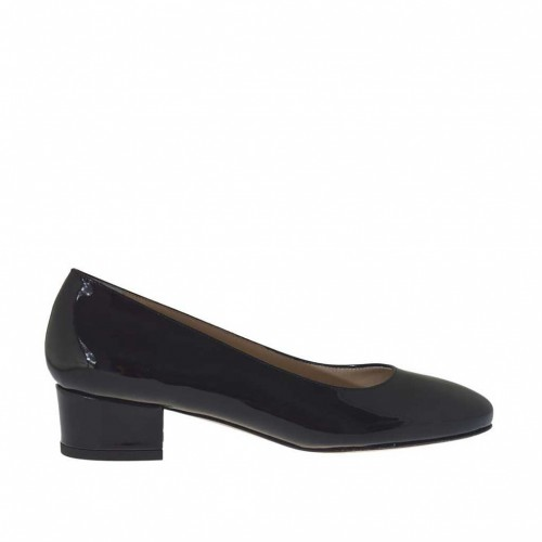 Woman's pump in black patent leather heel 3 - Available sizes:  34, 45