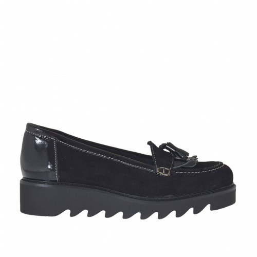 Woman's mocassin with fringes and tassels in black suede and patent leather with wedge heel 3 - Available sizes:  43