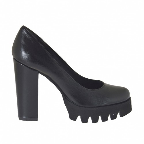 Woman's pump in black leather heel 9 - Available sizes:  43