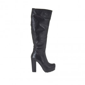 Woman's boot with platform and zipper in black leather heel 10 - Available sizes: 31, 43