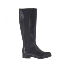 Damenstiefel aus schwarzem Leder mit Gummibändern Absatz 2 - Verfügbare Größen: 46