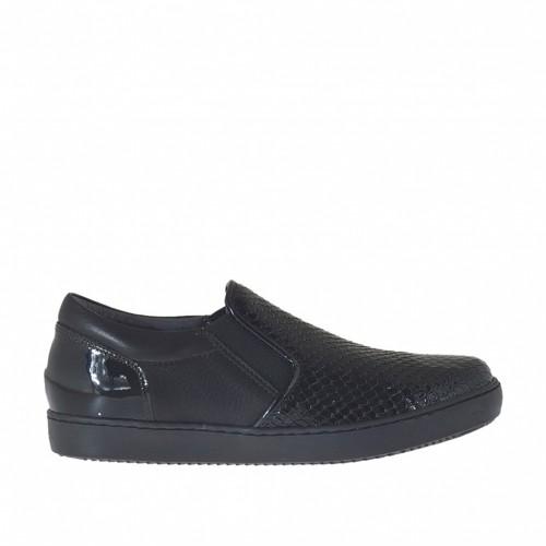 Chaussure pour femmes avec elastiques en cuir et cuir verni imprimé noir talon compensé 2 - Pointures disponibles:  32, 33, 34, 44, 45, 46
