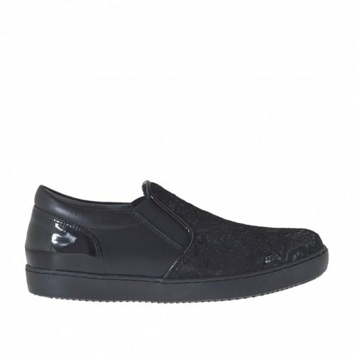 Chaussure fermée avec elastiques pour femmes en cuir, cuir verni et dentelle noir talon compensé 2 - Pointures disponibles:  32, 33, 34, 43, 44, 45