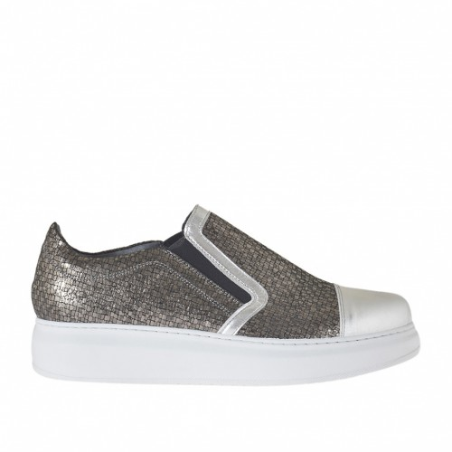 Woman's shoe with elastic bands in gunmetal printed leather and silver laminated leather wedge heel 4 - Available sizes:  42