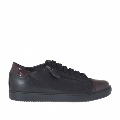 Chaussure sportif à lacets pour femmes avec fermetures éclair en cuir noir et cuir verni bordeaux talon compensé 2 - Pointures disponibles:  32, 33